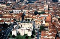 Castello_Prato1.jpg